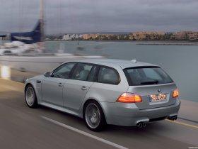 Ver foto 2 de BMW M5 Touring 2006