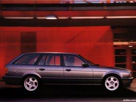 Ver foto 3 de BMW M5 Touring E34 1992