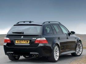 Ver foto 3 de BMW M5 Touring UK E61 2007