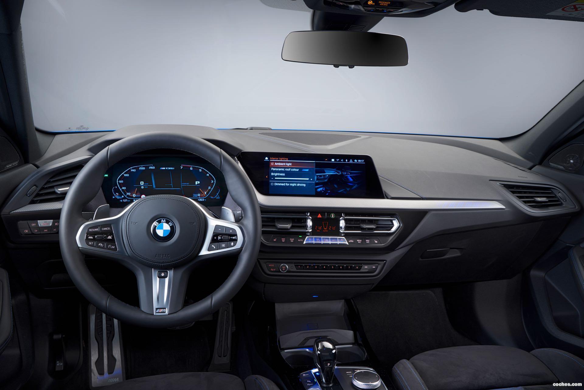Foto 18 de BMW M135i xDrive (F40) 2019