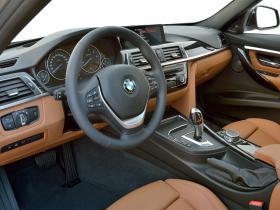 Ver foto 3 de BMW Serie 3 330d Touring Luxury Line F31 2015