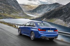 Ver foto 3 de BMW Serie 3 330i M Sport  2019