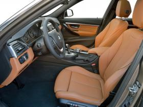 Ver foto 7 de BMW Serie 3 330d Touring Luxury Line F31 2015