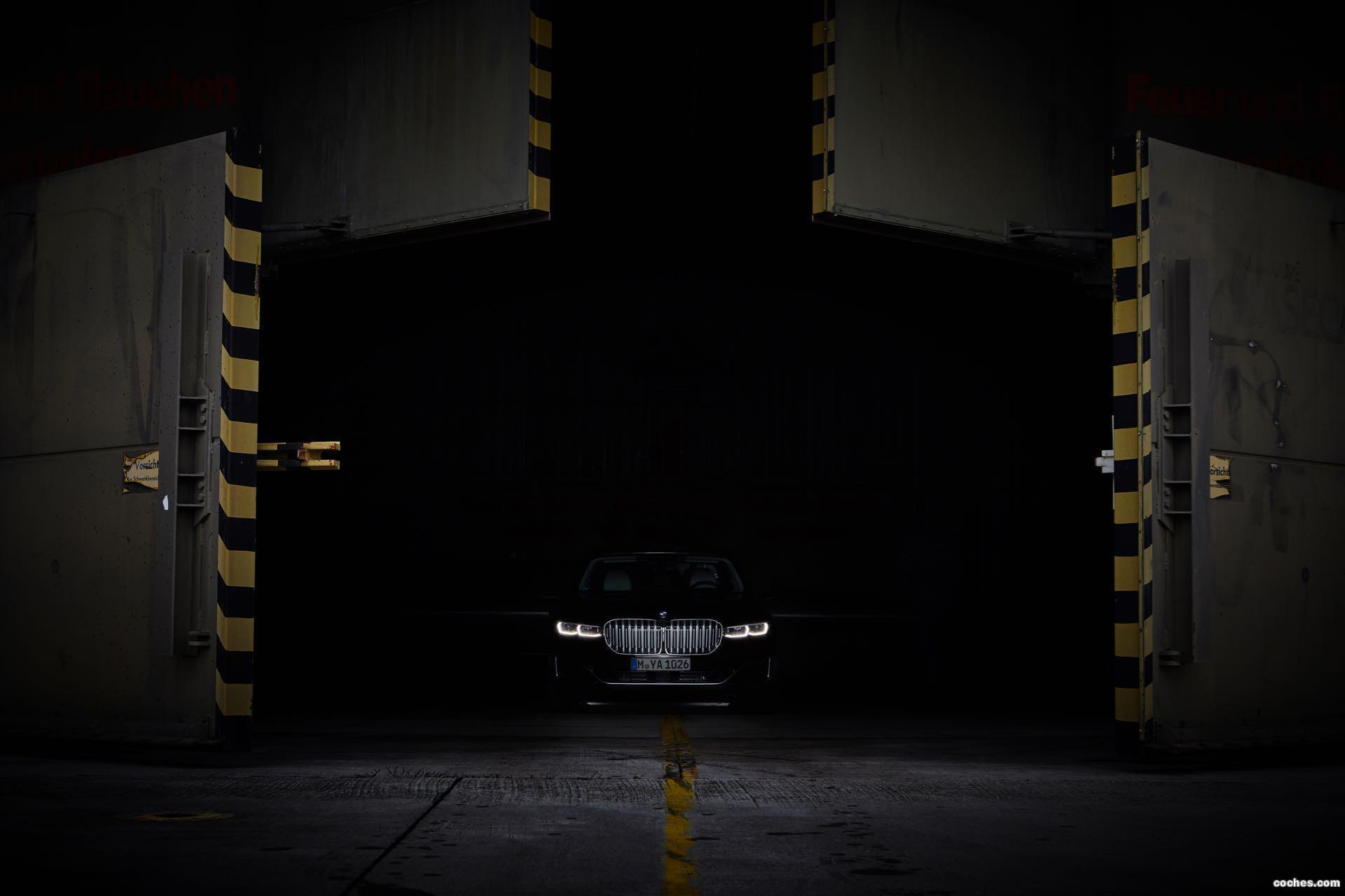 Foto 13 de BMW Serie 7 745 Le 2019