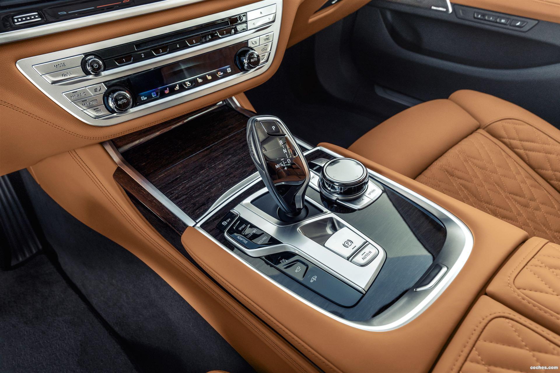 Foto 74 de BMW Serie 7 750Li xDrive 2019
