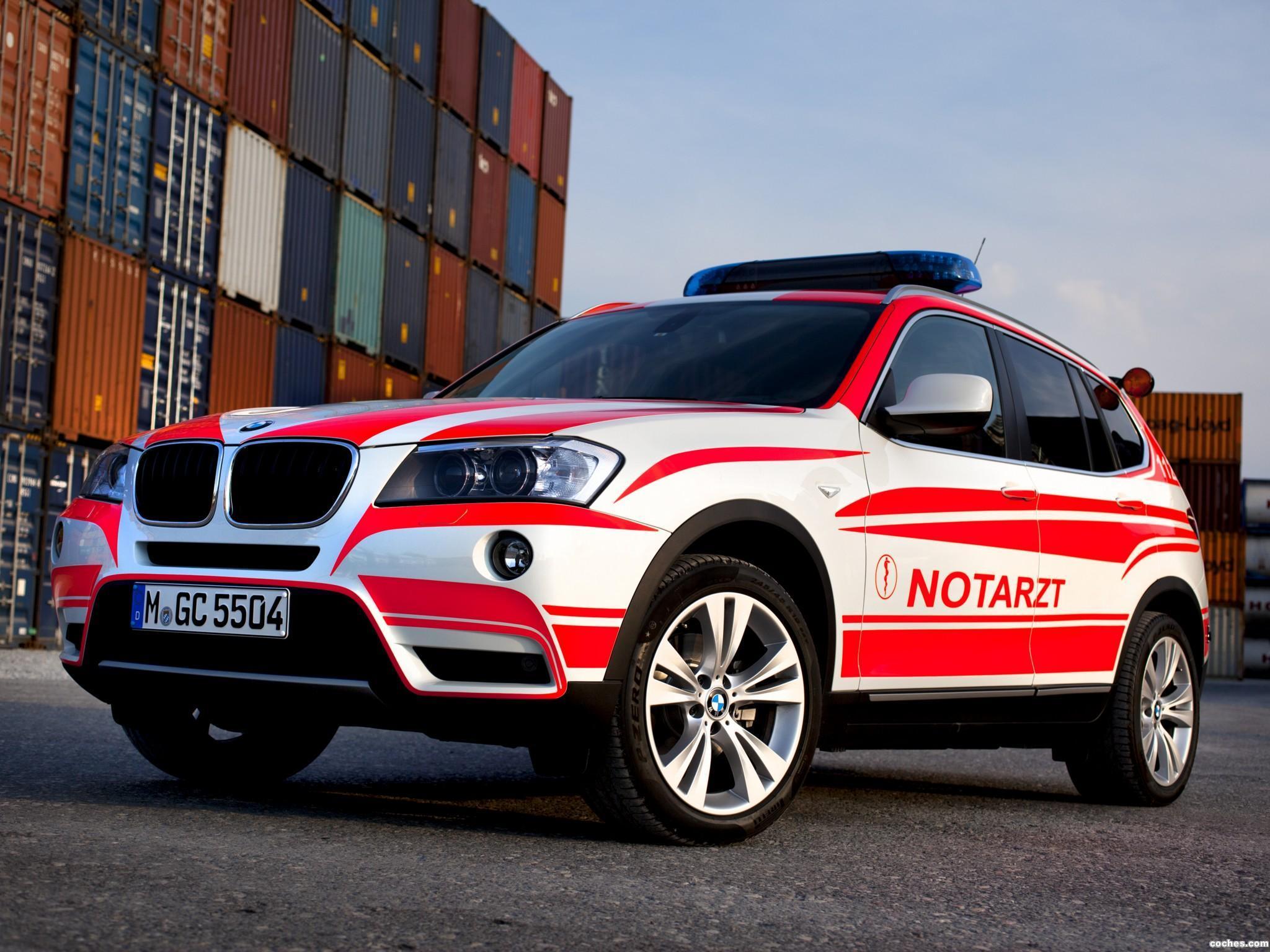 Foto 0 de BMW X3 Notarzt F25 2011