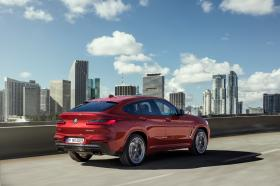 Ver foto 33 de BMW X4 M40d 2018