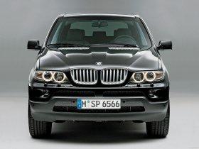 Ver foto 1 de BMW X5 E53 2004