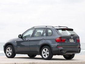 Ver foto 32 de BMW X5 xDrive40d E70 2010