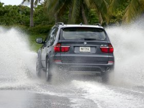 Ver foto 16 de BMW X5 xDrive40d E70 2010