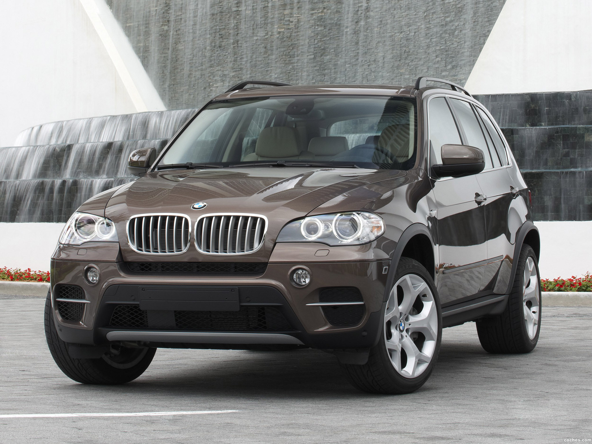 Foto 0 de BMW X5 xDrive50i E70 2010