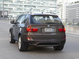 Ver foto 27 de BMW X5 xDrive50i E70 2010