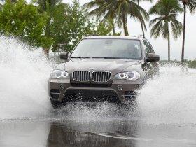 Ver foto 25 de BMW X5 xDrive50i E70 2010