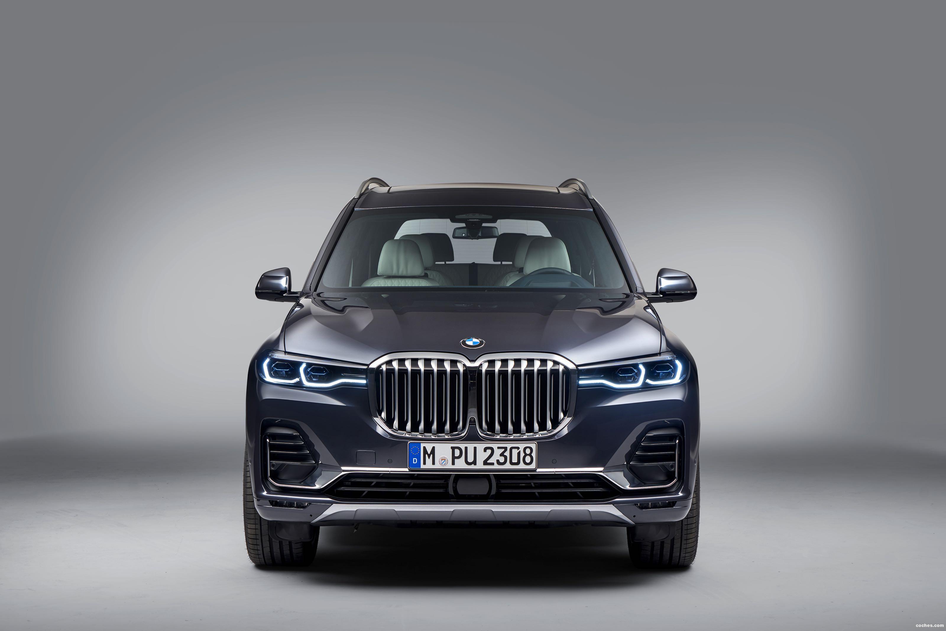 Foto 50 de BMW X7 xDrive40i (G07) 2019