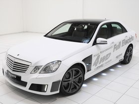 Fotos de Brabus Mercedes Clase E High Performance 4WD Full Electric 2011