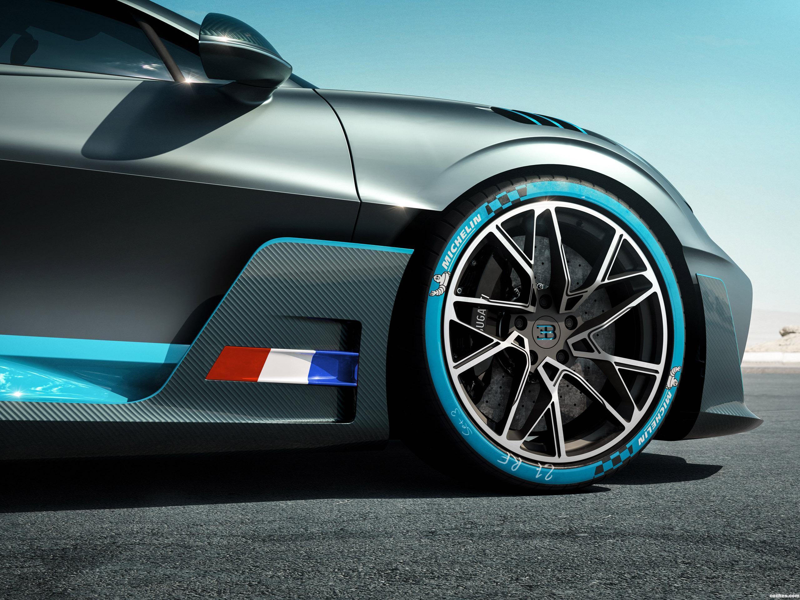 Foto 16 de Bugatti Divo  2018