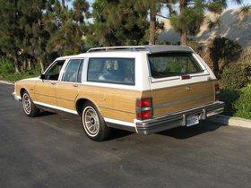 Ver foto 2 de Buick Electra Estate Wagon 1988