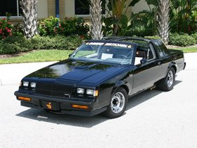 Ver foto 3 de Buick Grand National 1982
