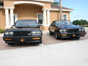 Ver foto 2 de Buick Grand National 1982