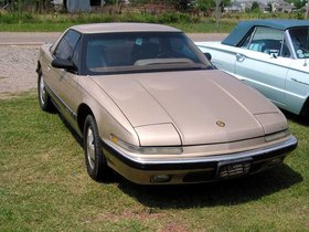 Ver foto 2 de Buick Reatta 1988