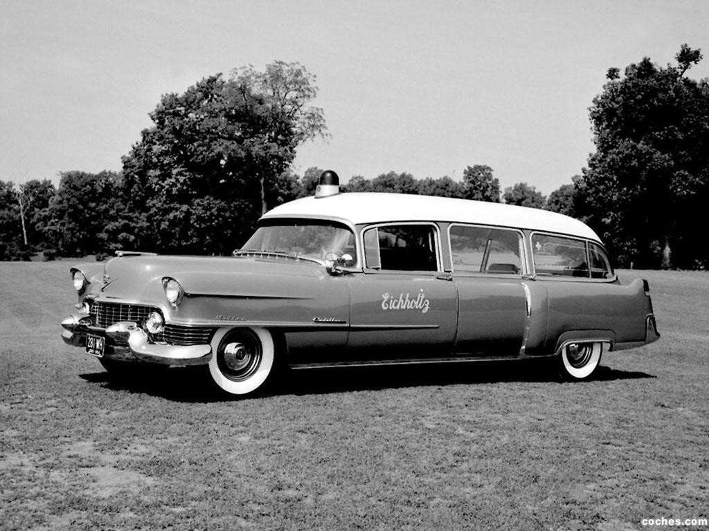 Foto 0 de Cadillac Ambulance by A. J. Miller 1954