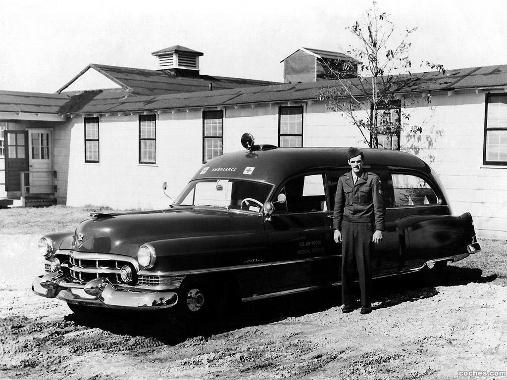 Foto 0 de Cadillac Ambulance by Meteor 1951
