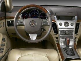 Ver foto 8 de Cadillac CTS 2008