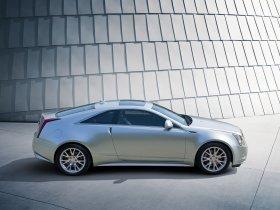 Ver foto 2 de Cadillac CTS Coupe 2010