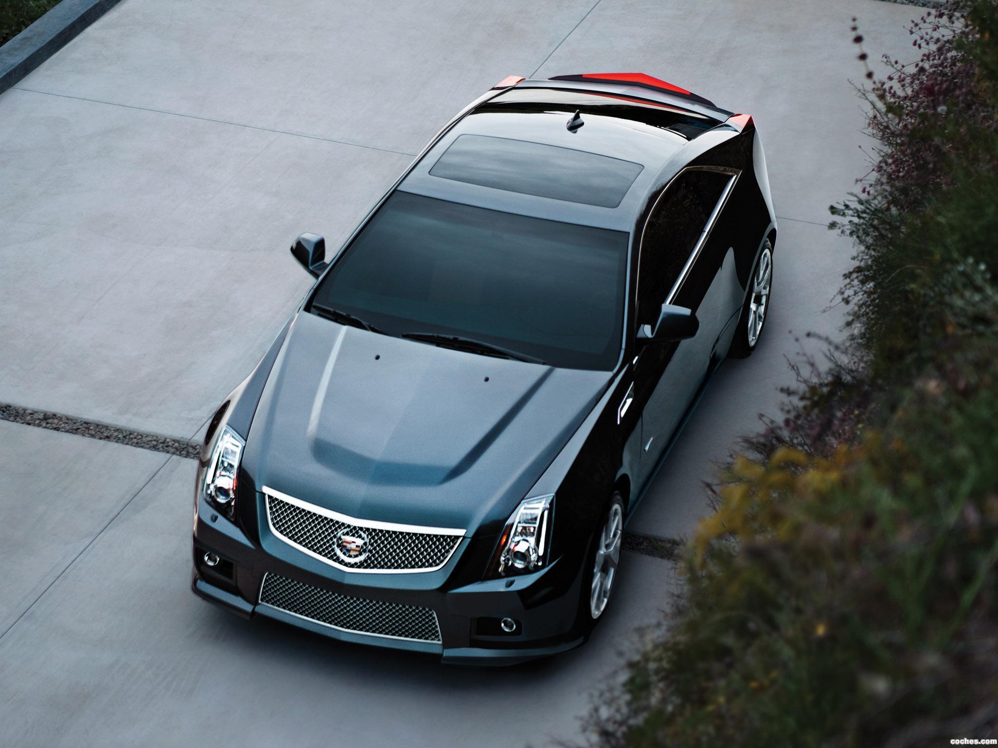 Foto 14 de Cadillac CTS-V Coupe 2011