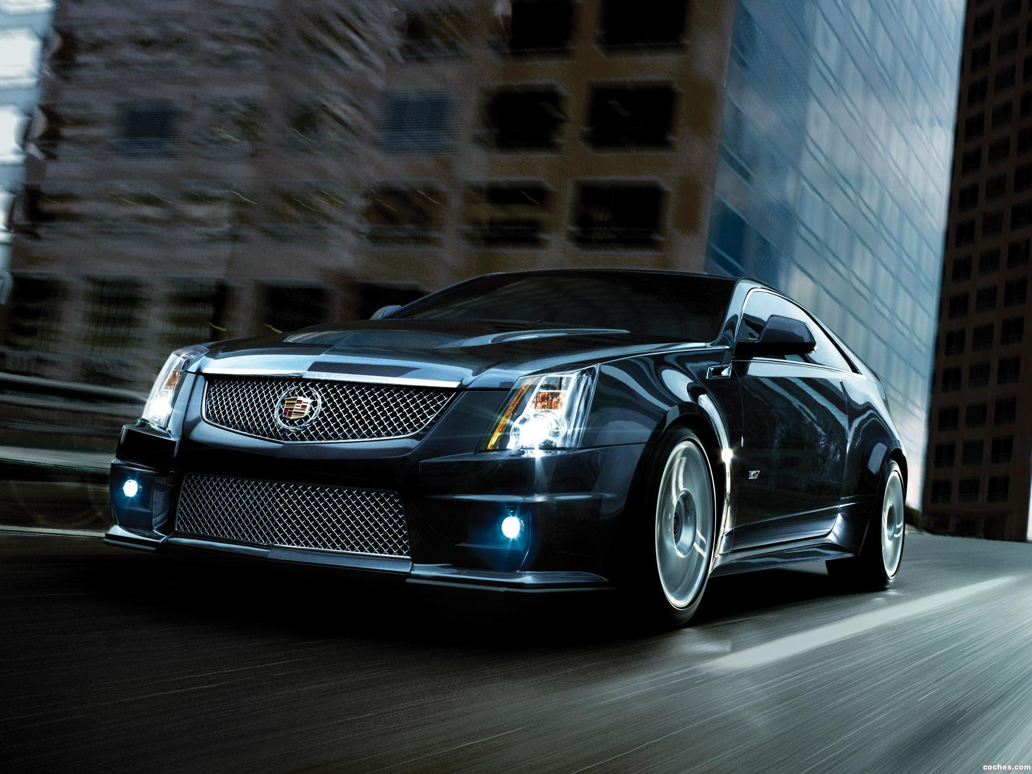Foto 9 de Cadillac CTS-V Coupe 2011