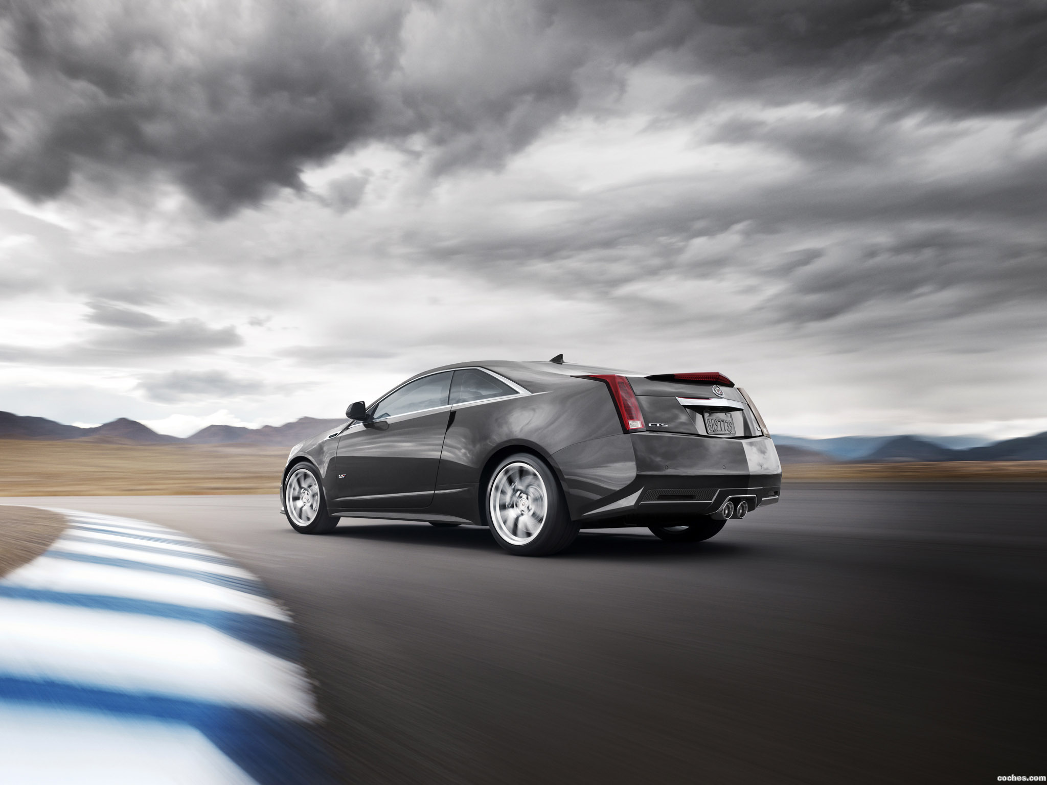 Foto 6 de Cadillac CTS-V Coupe 2011