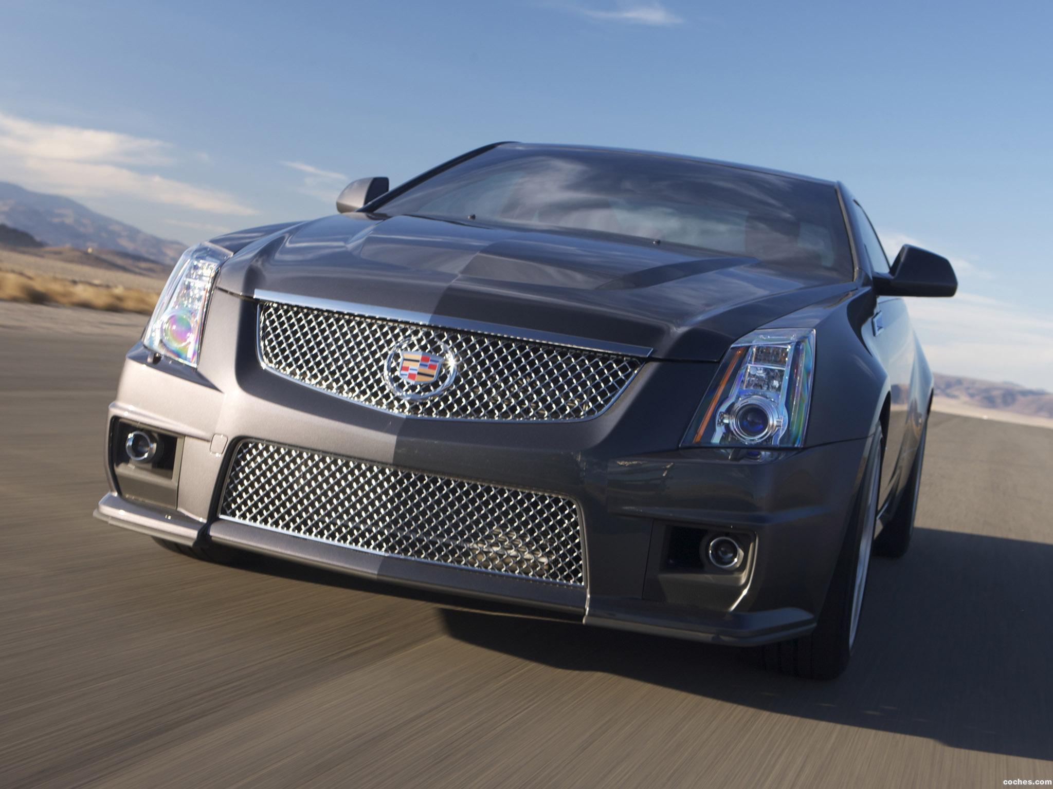Foto 3 de Cadillac CTS-V Coupe 2011