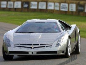 Ver foto 2 de Cadillac Cien Concept 2002
