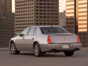 Ver foto 5 de Cadillac DTS DeVille Touring Sedan 2006
