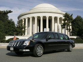 Ver foto 2 de Cadillac DTS Presidential Limousine 2006