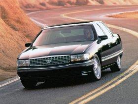 Ver foto 1 de Cadillac DeVille Concours 1994