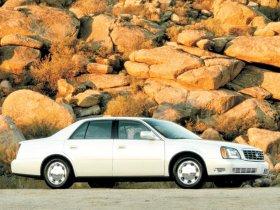 Ver foto 5 de Cadillac DeVille DTS 2000