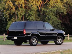 Ver foto 3 de Cadillac Escalade 2000
