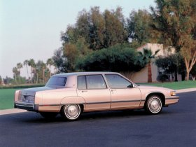 Ver foto 3 de Cadillac Fleetwood 1991
