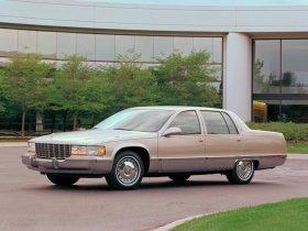 Ver foto 8 de Cadillac Fleetwood 1993