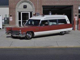 Ver foto 1 de Cadillac Miller-Meteor Classic 48 Ambulance 1968