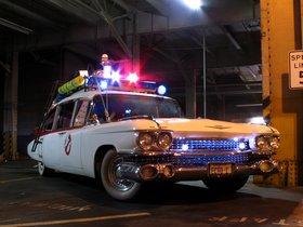Ver foto 5 de Cadillac Miller-Meteor Ectomobile Ghostbusters Movie Car 1984