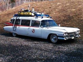 Ver foto 4 de Cadillac Miller-Meteor Ectomobile Ghostbusters Movie Car 1984