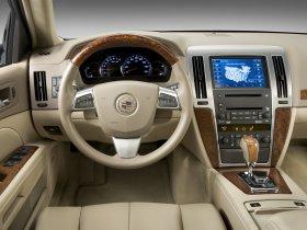 Ver foto 8 de Cadillac STS 2008