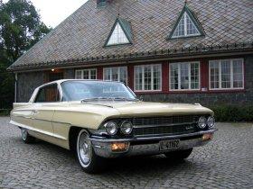 Fotos de Cadillac Series Sixtytwo Coupe