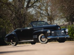 Fotos de Cadillac SixtyTwo Convertible Coupe by Fleetwood 1941