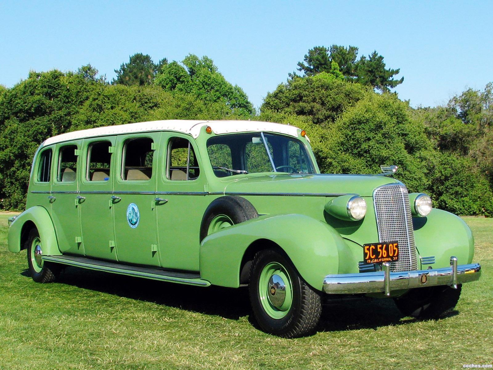 Foto 0 de Cadillac V8 Series 37 75 Sightseeing Bus 1937