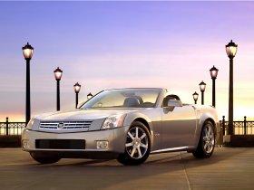 Ver foto 5 de Cadillac XLR 2004