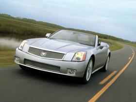 Ver foto 9 de Cadillac XLR-V 2006