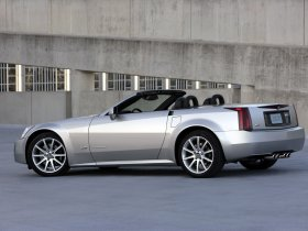 Ver foto 19 de Cadillac XLR-V 2006